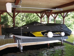 Looking for a Quality Boat Lift?  Ace Muskoka can help!